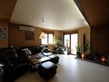 Слънчев четиристаен апартамент с гараж, до Мол България