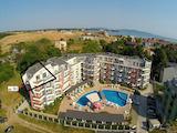 Апартамент с гледка море в комплекс Емберли / Emberli