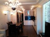 Четиристаен луксозен апартамент за продажба в центъра на Бургас