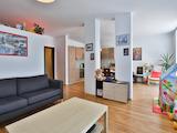 Обзаведен тристаен апартамент с красива гледка до Резиденция Бояна
