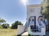 Къща  в  Херакини