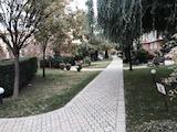 Необзаведен апартамент с голяма тераса в затворен комплекс, кв. Борово