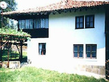 Двуетажна къща във възрожденски стил в град Елена