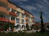 Работещ хотел в град Черноморец