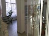 Магазин за продажба на главна търговска улица във В. Търново