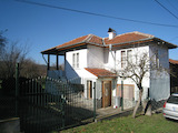 Renovated two-storey house with yard near Kyustendil