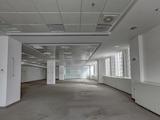 Половин етаж от офис сграда клас А