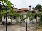 Single-storey house with three bedrooms 16 km from Balchik and the sea