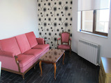 Артистичен апартамент в кв. Борово до бул. България
