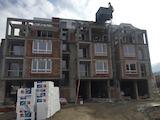 Тристаен апартамент в затворен комплекс до Южен парк