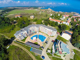 2-bedroom apartment in gated complex Emberli