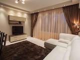 Луксозен тристаен апартамент под наем