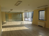 Просторни офис помещения в нова сграда в идеален център