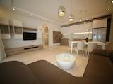 """Луксозен тристаен апартамент с източно изложение в емблематичния комплекс """"Макси"""""""