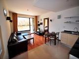 Двустаен апартамент до голф-игрището в Разлог