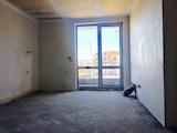 Тристаен апартамент в жилищна сграда до НСА