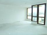 Слънчев двустаен апартамент до бъдеща спирка на метрото