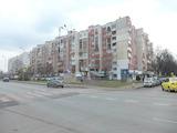 Просторен тристаен апартамент в комуникативния район Надежда 2
