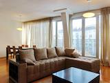 Чудесен тристаен апартамент в топ центъра на София