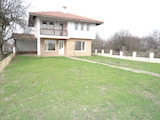 South-facing detached house 4 km from the coastal town Balchik