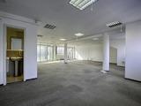 Голям офис в бизнес сграда до НДК