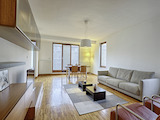 Изискан тристаен апартамент в луксозна сграда, кв. Оборище