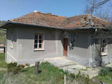 House With a Large Garden, Set 36 km Away from Veliko Tarnovo