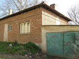 Brick House With a Garage in a Village 30 km from Veliko Tarnovo