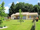 Къща  в  Roussines