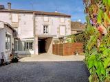 Къща  в  Mauze-sur-le-mignon