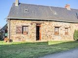 Къща  в  St-aubin-des-chateaux