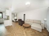 Обзаведен тристаен апартамент в кв. Драгалевци