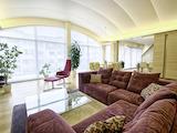 Луксозен дом с модернистичен стил за хора с изискан вкус,кв. Борово