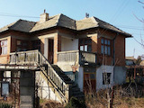 Rural two-storey house 16 km from the sea