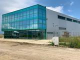 Административна сграда с прилежаща складова площ в град Бургас