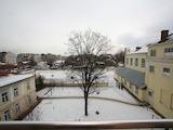 Обзаведен двустаен апартамент до метростанция Опълченска