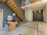Голям офис в нова сграда до хотел Плиска