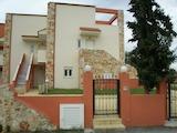 Къща  в  Пефкохори