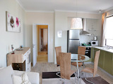 Модерно обзаведен тристаен апартамент в центъра на Бургас