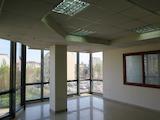 Комуникативен офис на 100 м от метростанция Опълченска