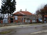 Поддържана едноетажна къща на 11 км от Елхово