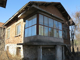 Solid two-storey house 4 km from Samokov