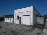 Промишлен имот с голям парцел в индустриална зона Костенец