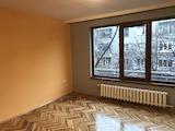 Тристаен апартамент с гараж до метростанция Джеймс Баучер