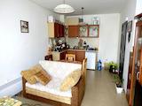 Двустаен апартамент в жилищна сграда в Поморие