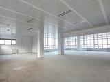Част от етаж от офис сграда на южната дъга на околовръстен път