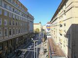 Тристаен апартамент стара тухла в топ центъра на София