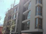 Тристаен апартамент на шпакловка и замазка до мол Парадайз