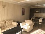 Обзаведен двустаен апартамент с паркомясто, кв. Борово