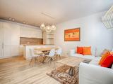 Тристаен апартамент в затворен комплекс Панорама София